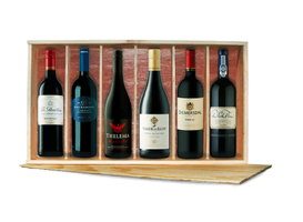 Curated Gifts Red Lover's 6-Bottle Gift Pack